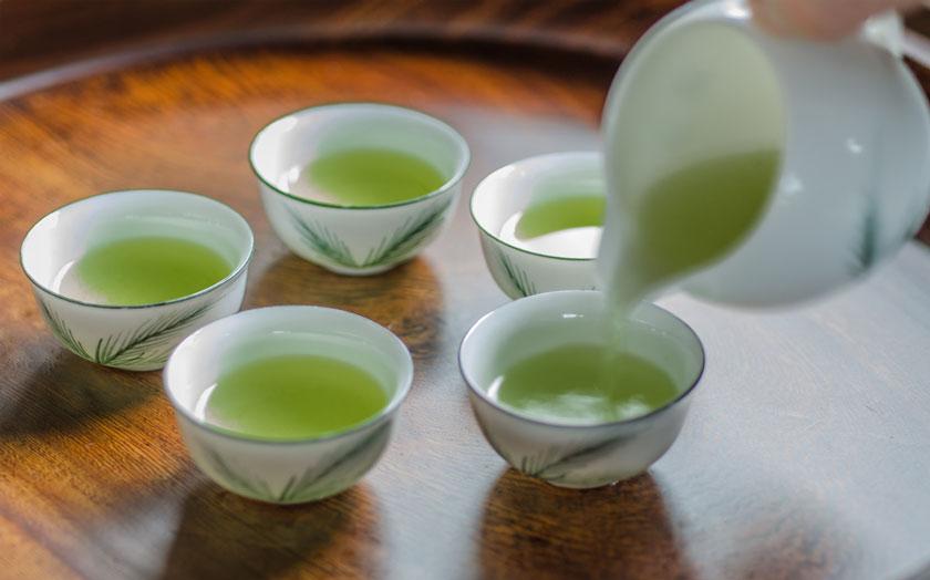 中国茶器で淹れる深蒸し茶